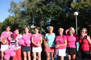 Ladies-Cup-Sieger 2018: Die vier Spielerinnen des TC Babcock (links) setzten sich im Finale gegen die Damen des Buschhausener TC (rechts) durch. Foto: Sportfreunde Königshardt 1930 e.V.